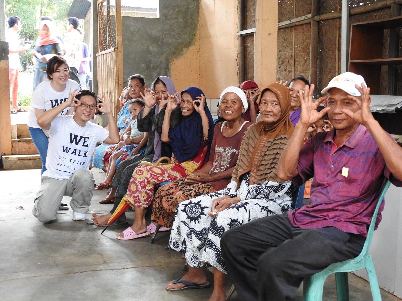 Bakti Sosial VI - Sejuta Kacamata untuk Indonesia- TPA Bintara Jaya Bekasi image