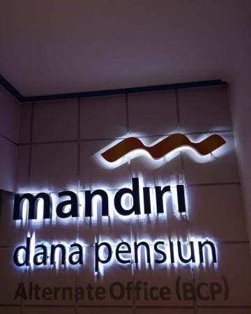 Letter Sign Bank Mandiri