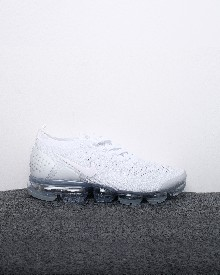 //sirclocdn.com/doyanpepaya/products/_190201140151_13326%20-%20Nike%20Air%20VaporMax%20Flyknit%202%20-%20White%20Grey%20-%20Rp.635.000%20-%2036-45%20%283%29_tn.jpg