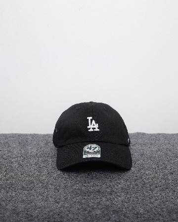 New Era 47 Los Angeles Dodgers - Hitam Putih - 61560