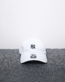 //sirclocdn.com/doyanpepaya/products/_190220154010_61565%20-%20IDR%20195.000%20-%20%20New%20york%20yankees%2047%20clean%20up%20-%20putih%20hitam_tn.jpg