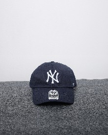 //sirclocdn.com/doyanpepaya/products/_190220154145_61567%20-%20IDR%20195.000%20-%20%20New%20york%20yankees%2047%20clean%20up%20-%20navy%20putih_tn.jpg