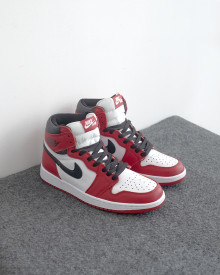 //sirclocdn.com/doyanpepaya/products/_190612165256_13400%20-%20Nike%20Air%20Jordan%201%20OG%20-%20Red%20White%20-%20Rp.835.000%20-%2040-45%20%281%29_tn.jpg
