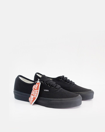 Vans Authentic - Black - 13471