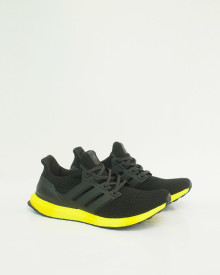 //sirclocdn.com/doyanpepaya/products/_191028115922_13541%20-%20Adidas%20Ultra%20Boost%20Rainbow%20-%20Black%20Yellow%20-%20Rp.875.000%20-%2040-45%20%281%29_tn.jpg