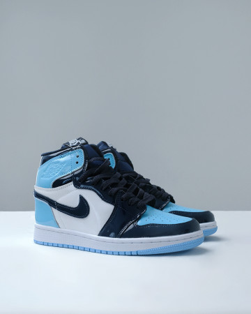 JORDAN 1 RETRO HIGH UNC PATENT (W) - OBSIDIAN BLUE CHILL WHITE 13620