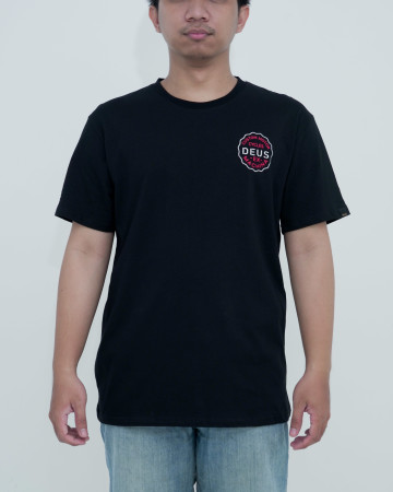 Deus Milano Address Tee-Black  62204