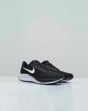 Nike Air Zoom Pegasus 37 - Black/White  - 13721