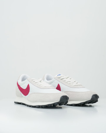 Nike Daybreak White University Red - White/University Red-Summit White - 761011
