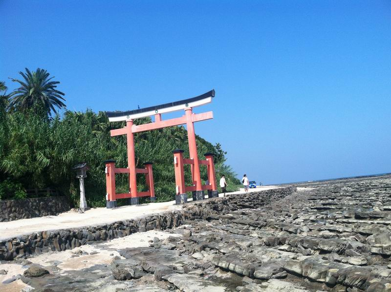 Aoshima, Pulau Kecil yang Didedikasikan Untuk Satu Kuil image