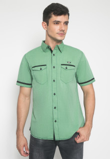 Slim Fit - Kemeja Casual - Motif Double Pocket - Warna Hijau