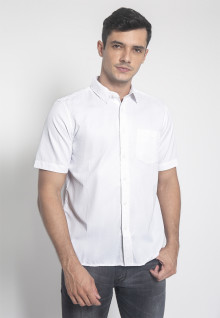 Regular Fit - Kemeja Casual - Warna Putih - Motif Polos