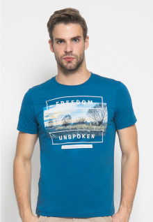 Slim Fit - Kaos Youth - Gambar Sablon - Freedom - Biru