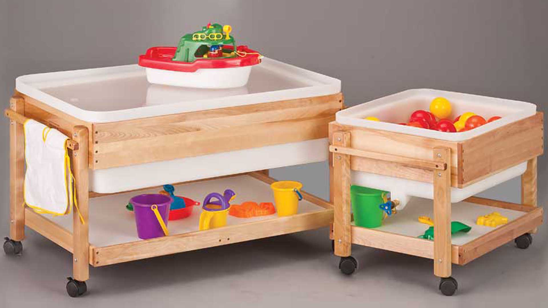 meja mainan kayu sungkai