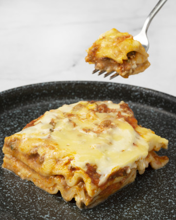 Medium Beef Lasagna