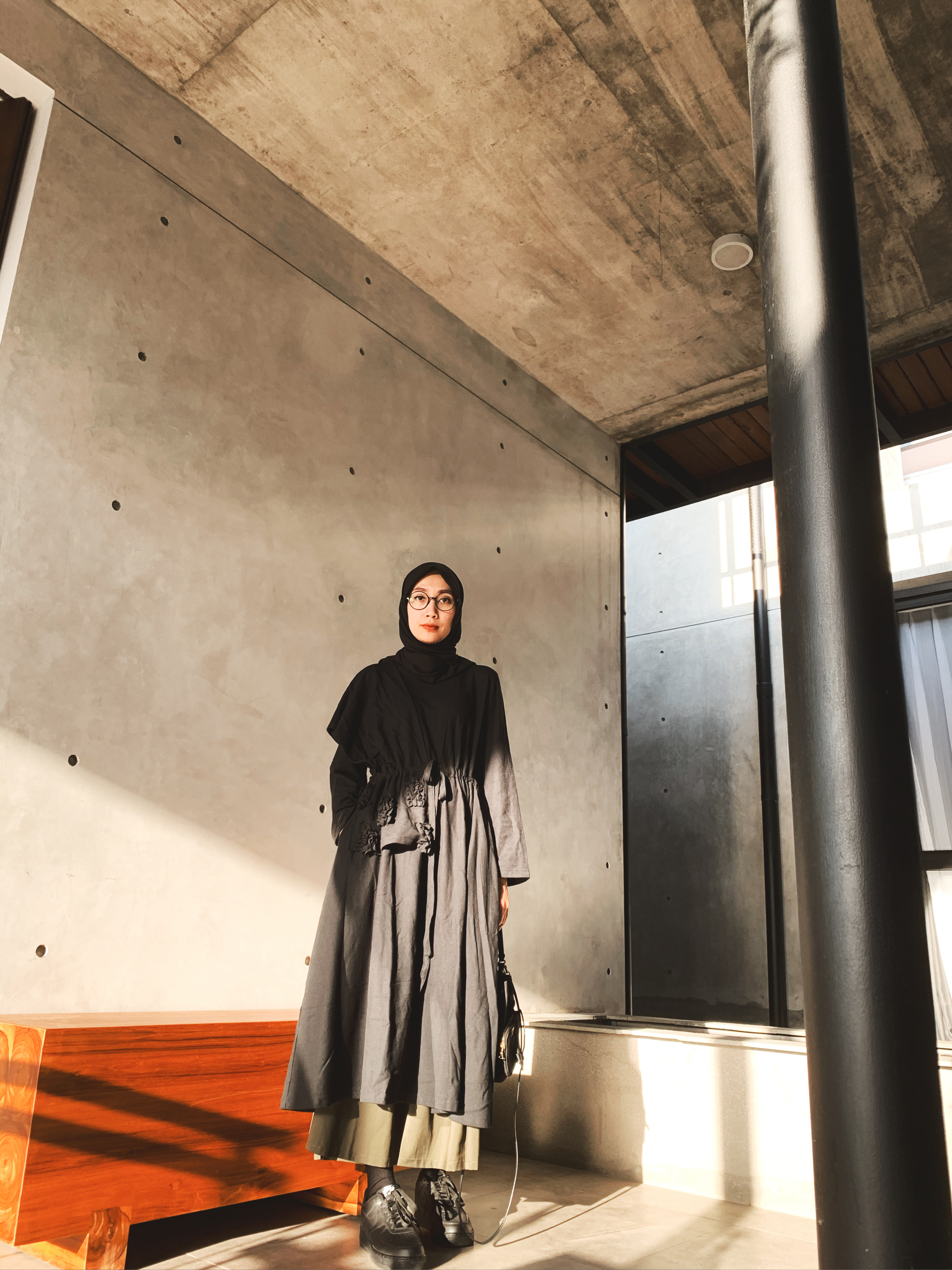 Our Creative Director Renni Andriani in #rashawllook image