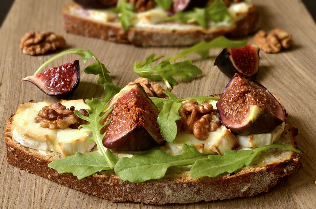 Goat Cheese Tartine Recipe image