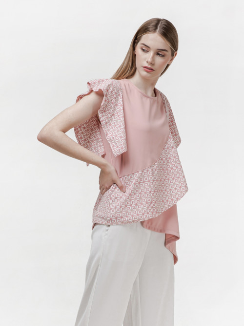 Lola Asymmetric Sleeve Top in Pink image