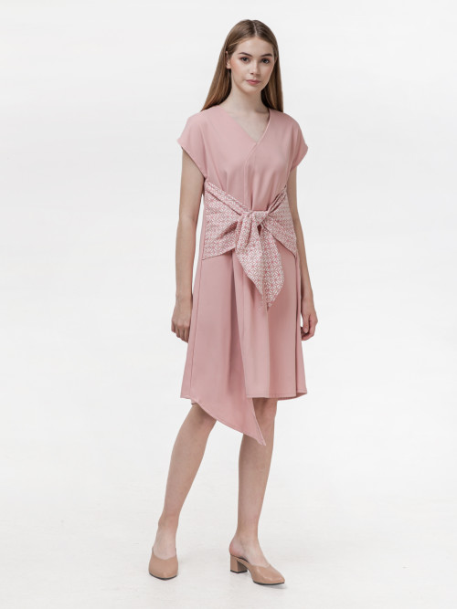 Koya Bow Dress in Pink image